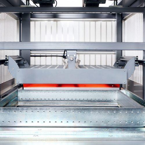 Vacuum-Forming-Machine-HD-686